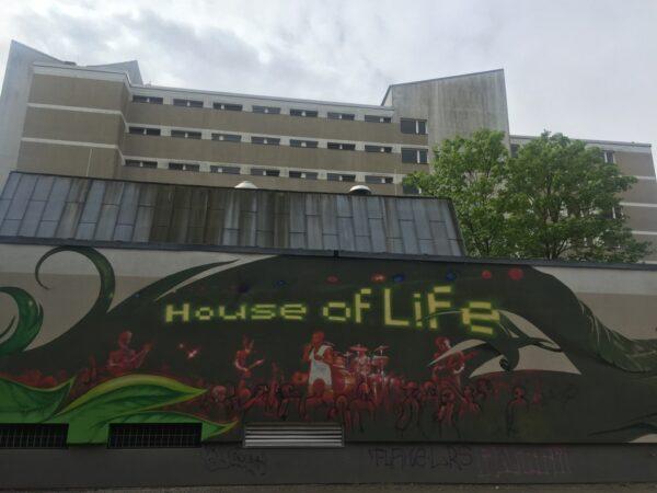 house-of-life-ev